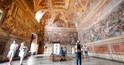 Skip the Line Tour: Vatican Museums, St Peter's, Sistine Chapel, Small-Group Upgrade Option
