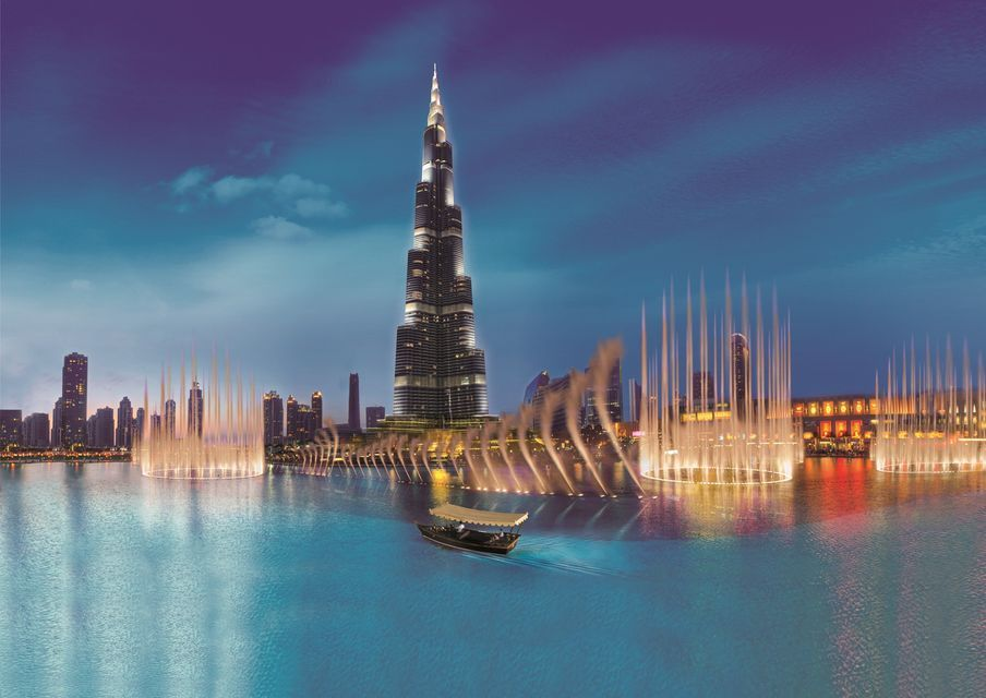 Dubai: Fountain Show and Burj Lake Ride by Traditional Boat