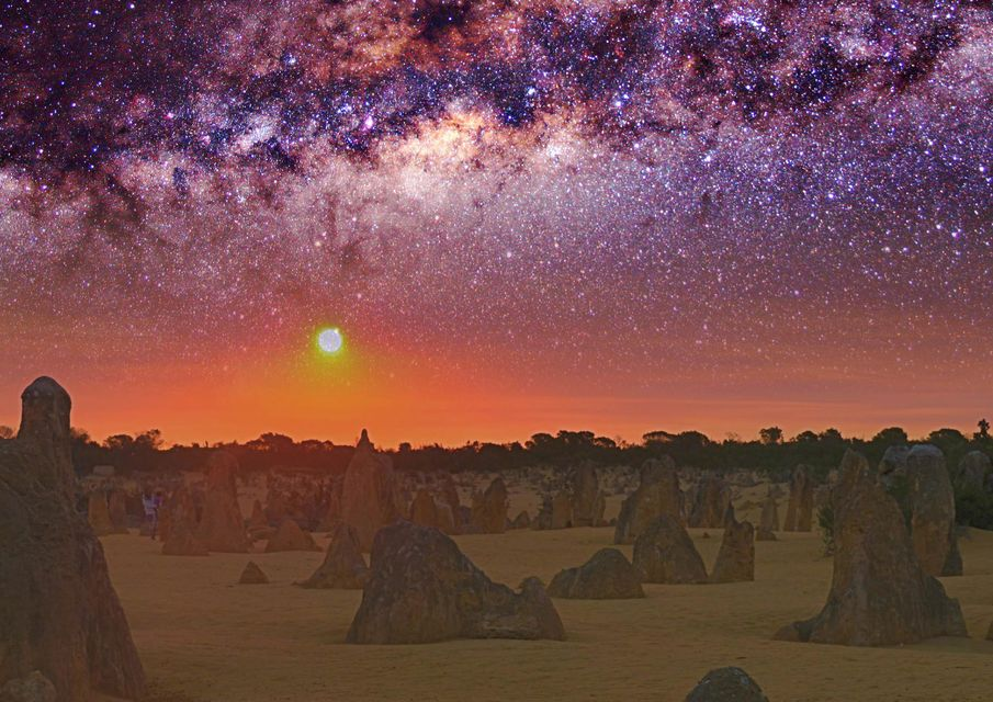From Perth: Pinnacles Desert Sunset & Star-Gazing Tour