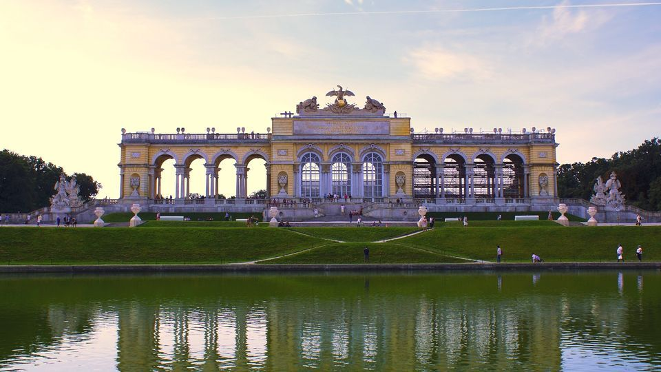 Schönbrunn Palace & Gardens: Skip-the-Line Guided Tour