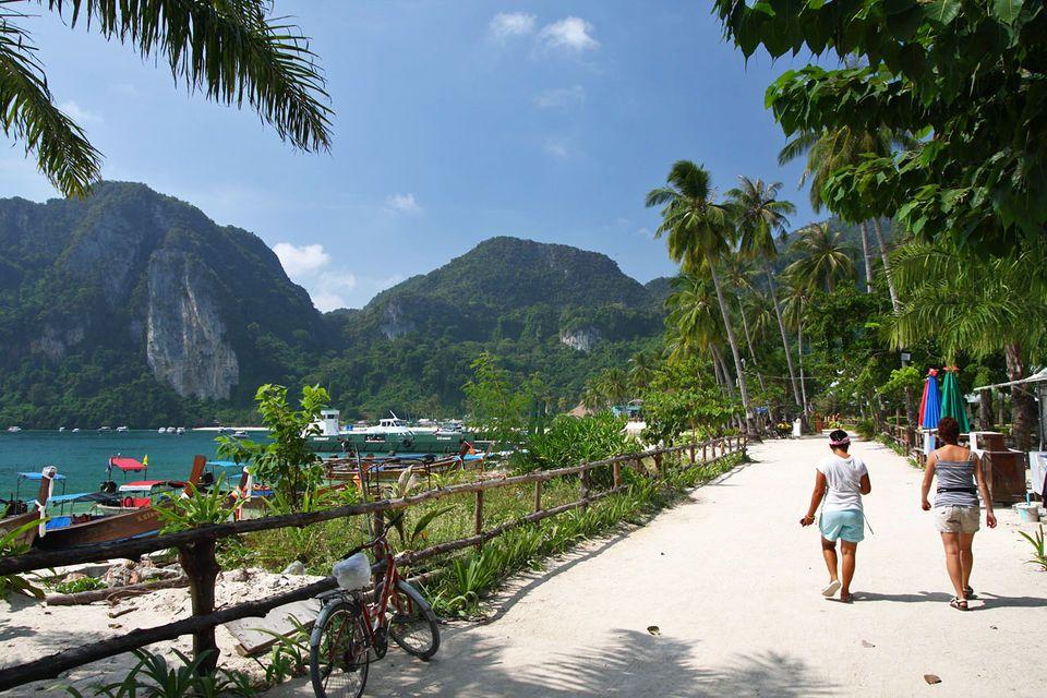 Phi Phi Islands Full-Day Speedboat Trip from Krabi