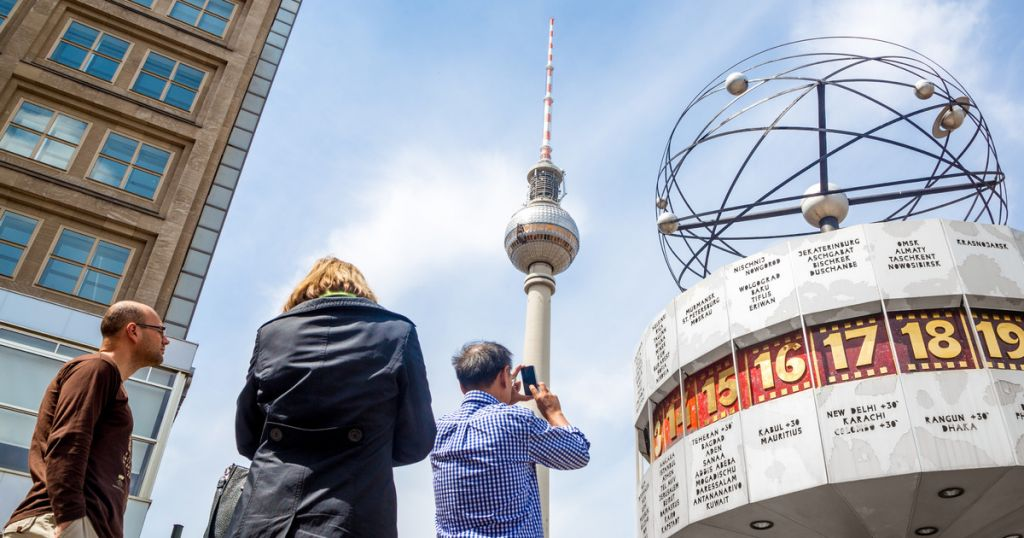 TV Tower Berlin: Fast Track Ticket